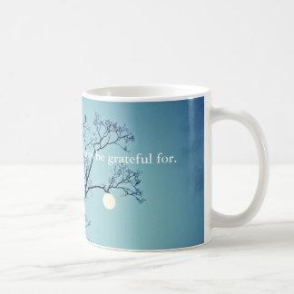 Caneca De Café Lua que pendura em um Membro-Grato