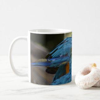Caneca De Café Macaws azuis e amarelos