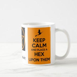 Caneca De Café Mantenha a calma & coloque um Hex em cima deles