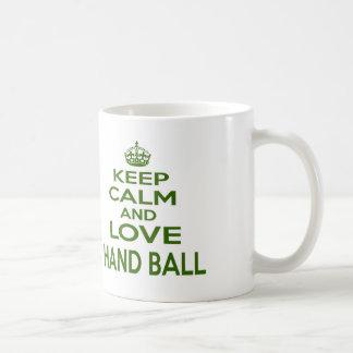Caneca De Café Mantenha a calma e ame a bola de mão