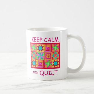 Caneca De Café Mantenha a calma e estofe a multi edredão de