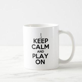 Caneca De Café Mantenha a calma e o jogo em Handbells