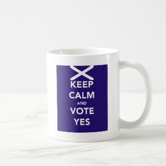 Caneca De Café Mantenha a calma e vote sim