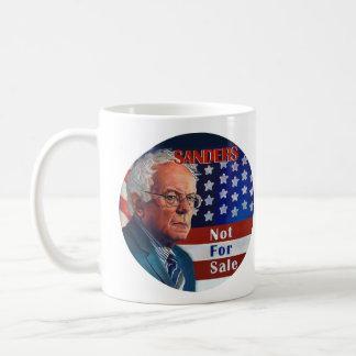 Caneca De Café Máquinas de lixar de Bernie para o presidente