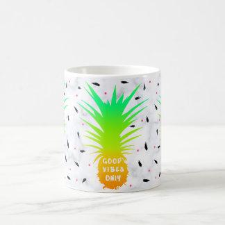 Caneca De Café mármore tropical do branco do abacaxi do verão