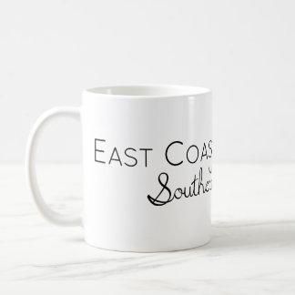 Caneca De Café Menina da costa leste com encanto do sul do Belle