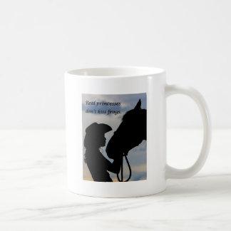 Caneca De Café Menina que beija o cavalo