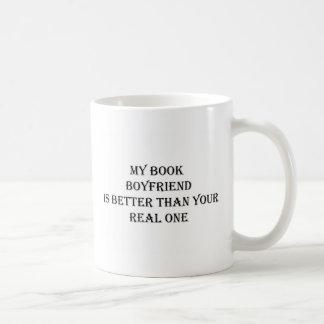 Caneca De Café Meu namorado do livro é melhor do que seu real