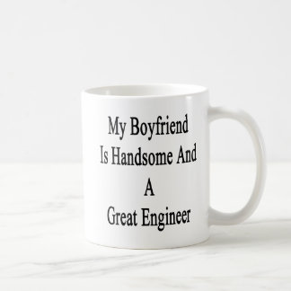 Caneca De Café Meu namorado é considerável e um grande engenheiro