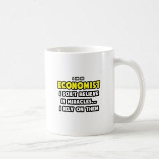 Caneca De Café Milagre e economistas… engraçados