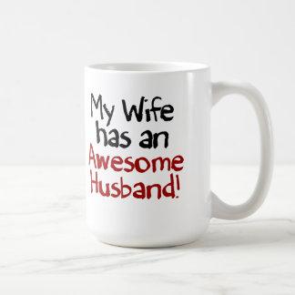 Caneca De Café Minha esposa tem um marido impressionante!