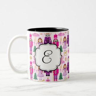 Caneca de café Monogrammed do chá da série do