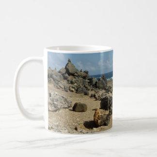 Caneca De Café Monumentos da rocha na costa de Aruban