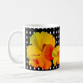 Caneca De Café Mostra de flores editável em a