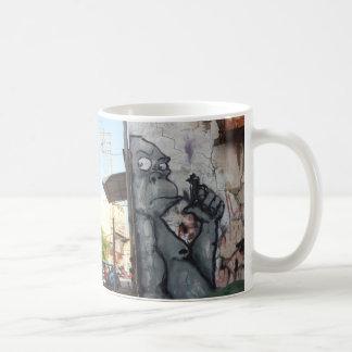 Caneca de café na moda do gorila