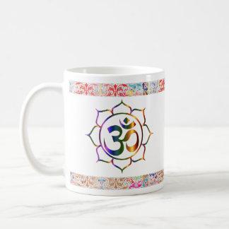 Caneca De Café Namaste Aum OM Lotus com beira do vintage do