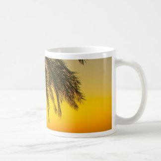 Caneca De Café Nascer do sol da palmeira
