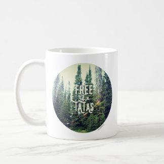 Caneca De Café Nenhuns sutiãs permitidos na floresta