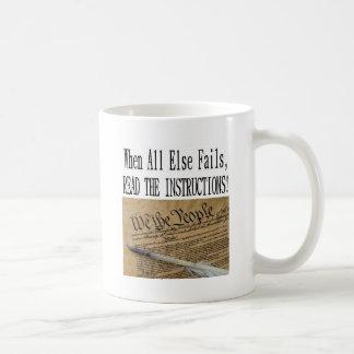 Caneca De Café Nossa constituição é as instruções