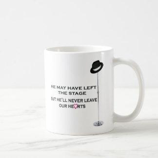 Caneca De Café Nunca deixe nossos corações