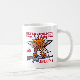 Caneca De Café Nunca desculpa-se sendo um AR15 americano M16