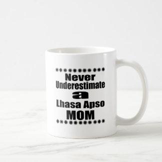 Caneca De Café Nunca subestime a mamã de Lhasa Apso