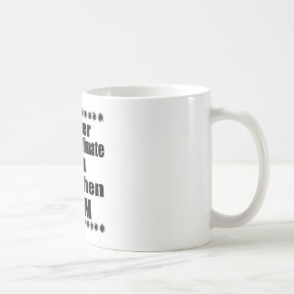 Caneca De Café Nunca subestime a mamã de Lowchen