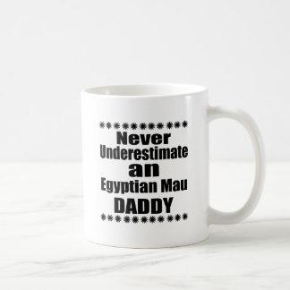 Caneca De Café Nunca subestime o pai de Mau do egípcio