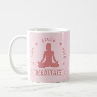 Caneca De Café O amor vivo do riso Meditate texto fêmea (o rosa)