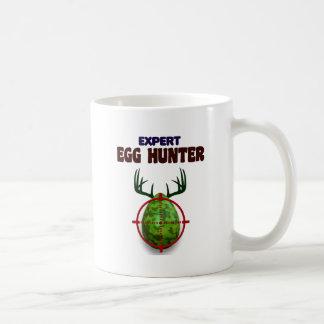 Caneca De Café O caçador perito da páscoa, cervo do ovo visa o