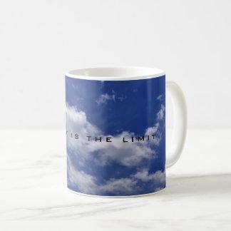 Caneca De Café O céu é o limite