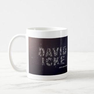 Caneca De Café O conector do ponto da tevê David Icke da voz dos