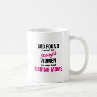 Caneca De Café O deus encontrou algumas mães fortes da pesca