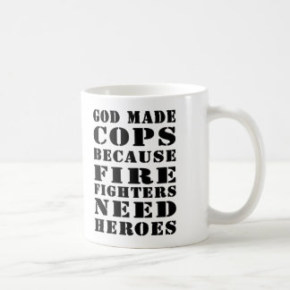Caneca De Café O deus fez bobinas porque os sapadores-bombeiros