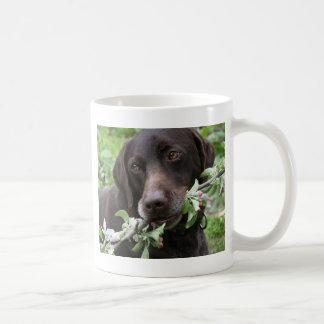 Caneca De Café O filhote de cachorro do primavera