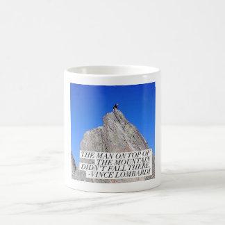 Caneca De Café O homem sobre a montanha