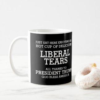 Caneca De Café O liberal rasga o presidente Trunfo