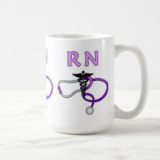 Caneca De Café O RN nutre o estetoscópio