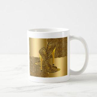 Caneca De Café O salto alto elegante do leopardo do ouro calça o