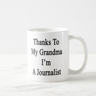 Caneca De Café Obrigados a minha avó eu sou um journalista