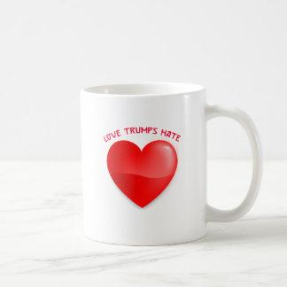 Caneca De Café ódio dos trunfos do amor