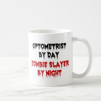Caneca De Café Optometrista pelo assassino do zombi do dia em a