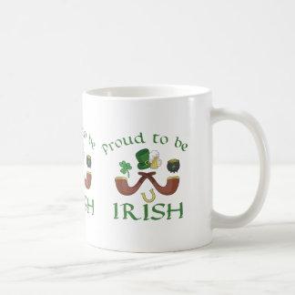 Caneca De Café Orgulhoso ser tubulações irlandesas e chapéu verde