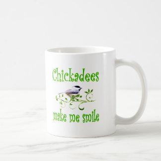 Caneca De Café Os Chickadees fazem-me sorrir