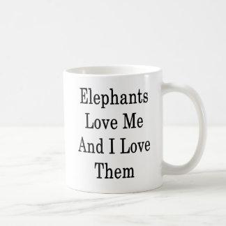 Caneca De Café Os elefantes amam-me e eu amo-os