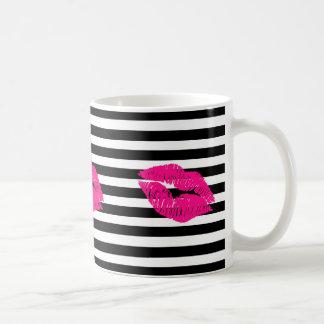 Caneca De Café Os lábios, lábios do rosa quente, picam os lábios,