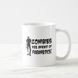Caneca De Café Os zombis estão receosos de presentes dos