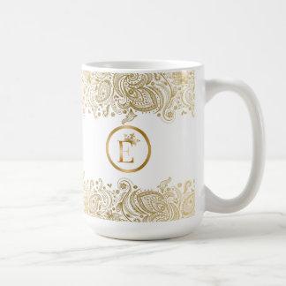 Caneca De Café Ouro elegante e monograma branco de Paisley