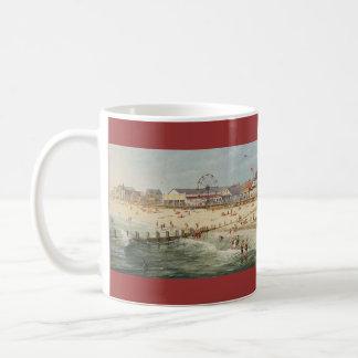 "Caneca De Café Panorama da praia de Paul McGehee ""Rehoboth -"