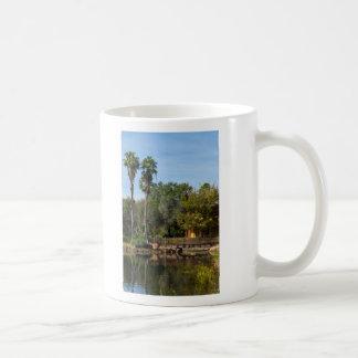 Caneca De Café Paraíso tropical dos primaveras